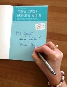Ulla Nedebock signiert